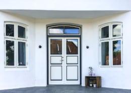 Nye vinduer og døre til bevaringsværdigt hus